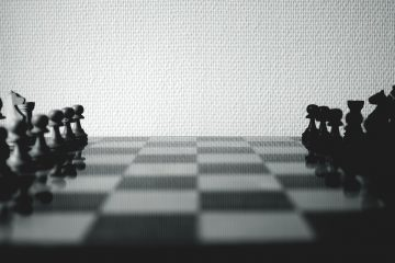What global trade war could mean for NZ - game of chess